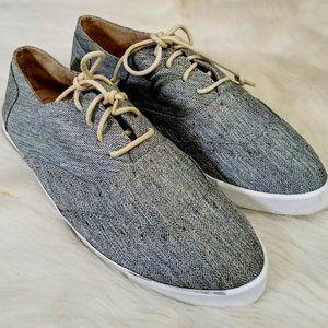 Diana Fantasy Japanese Tennis Shoes Size 6 USA
